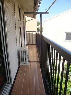 2階のバルコニーのフェンスと手すり、床の交換