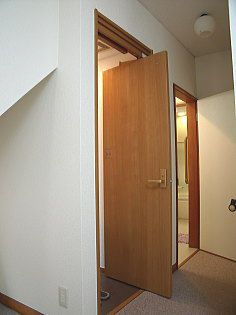 トイレのドア 廊下が狭い場合に最適です